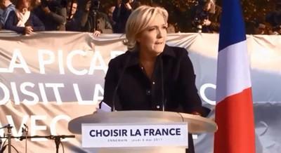 [Edito] 2nd tour : Macron, l'homme de l'anti France dans Politique AliciaFrance149397899277_art