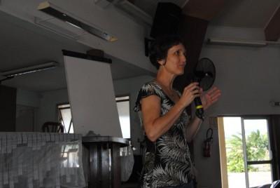 """Patricia donne un compte-rendu des activités de l'antenne """"Dorcas - Mont Dore"""