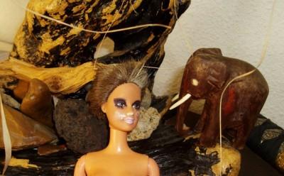 barbie voit des éléphants..