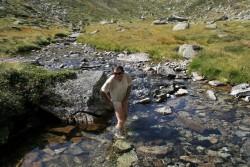 Un petit bain de pied (pas de photos pour le bain intégral)