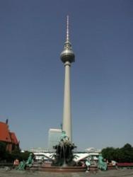 Fernsehturm   Neptunbrunne