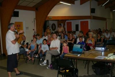 Un public, avec aussi des jeunes...