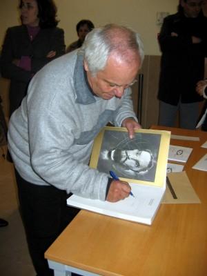 Dédicace du livre, Décembre 2004