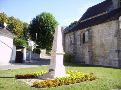 Gaillon sur Montcient (monument aux morts)