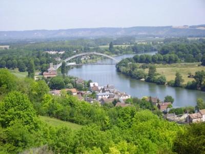Pont de St Pierre du Vauvray