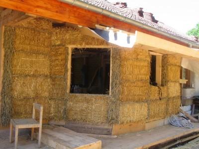 Maison en paille for Maison en autoconstruction