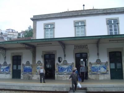 Gare de Pinhao décorée d'azulejos