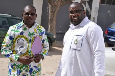 Figure 1: le camarade Secrétaire Fédéral Pierre TSATSABI et le camarade JOLLDAS ALLOGHO secrétaire administratif et président du comité d'organisation
