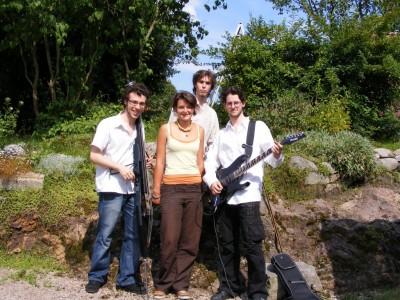 Samothrace, Julie, Zantoine, et Johnmandrake (en haut)