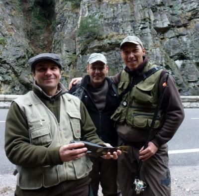 Frédéric, Thierry, Eric et la truite.