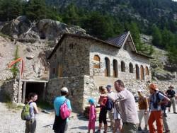 La montée vers l'entrée de la mine est l'occasion de se plonger dans l'histoire, la technique et les secrets du site.