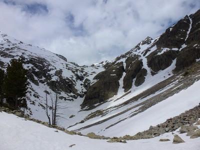 Dernier passage vers le Lac Agnel. Trop de neige pour moi. Ne jamais surestimer ses capacités !