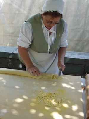 Apprendre à faire des Tagliatelle sans machine à pâtes!