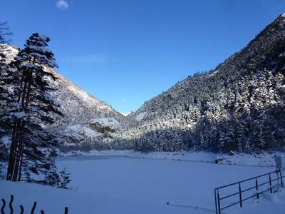 Le lac des Mesches.