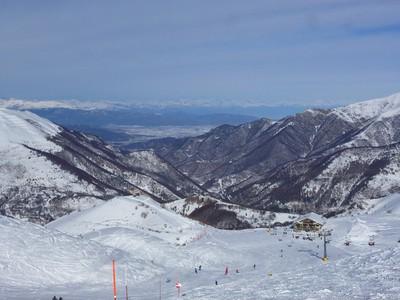 Resto d'altitude Capana Niculin. Derrière la plaine de Cuneo