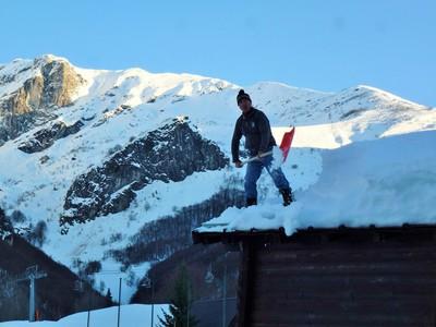 Déneiger la montagne !...? ah bon ?